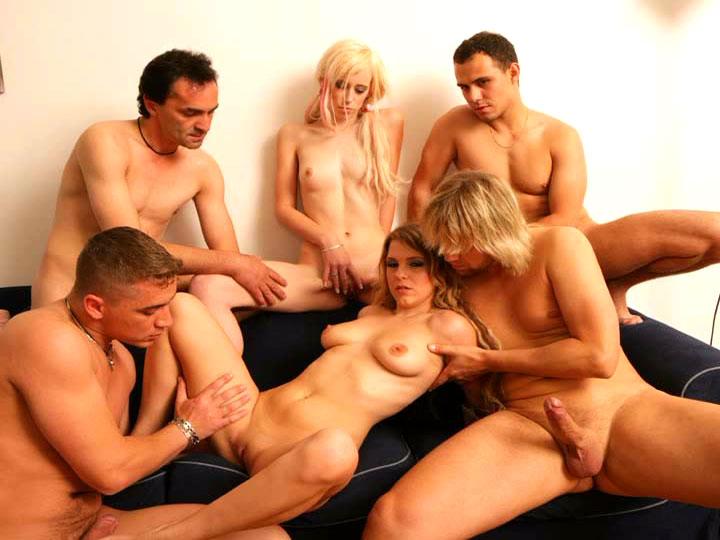 порно видео групповой кастинг