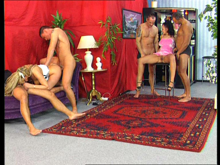 paris swingers club dolly buster sex shop
