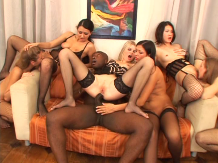 Reverse Gang Bang 4 Girls 1 Guy - YouPorncom